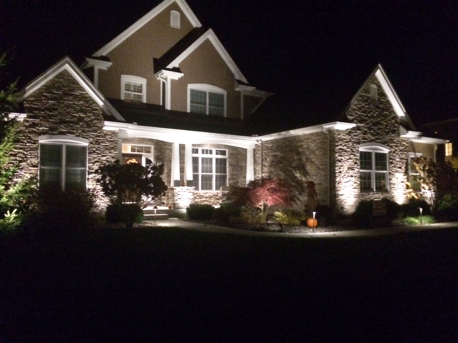 landscape-lighting-home